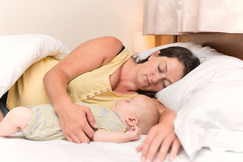How to prioritize sleep during the 4th trimester